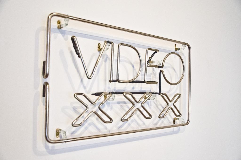 VIDEO_XXX-2